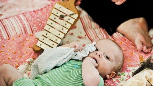 Babysalmesang og rytmik i Ejby Kirke