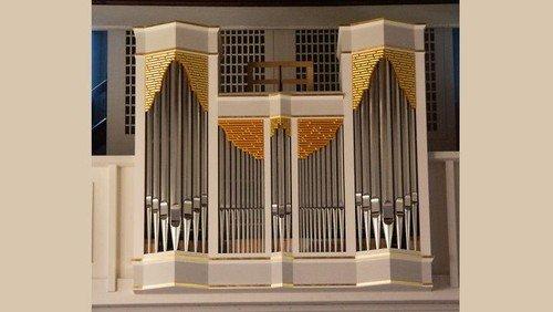 Donnerstagskonzert an der Wegscheider-Orgel in der Dorfkirche Schönefeld: