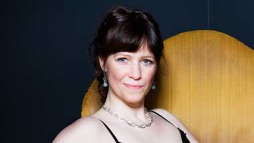 1/2 times julekoncert med sopran Lona Mohr Villadsen og organist Tina Christiansen