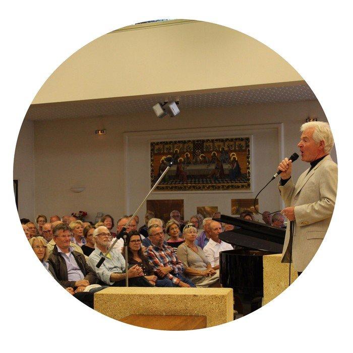 Foredrags holder og publikum