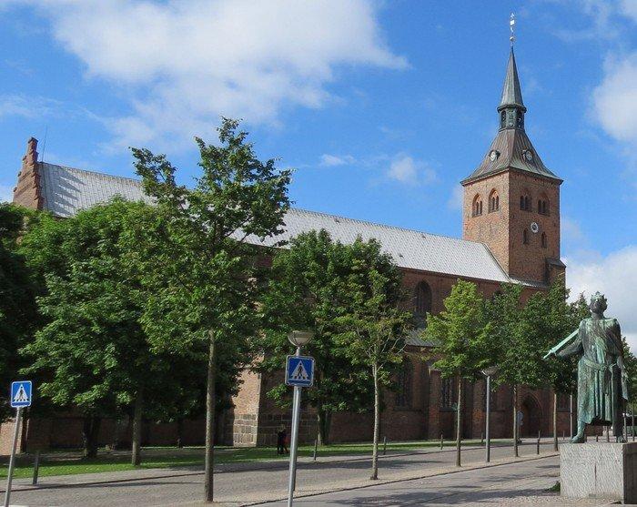 Sankt Knuds Kirke er Odense Domkirke