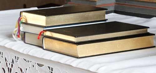 Bøger på alter