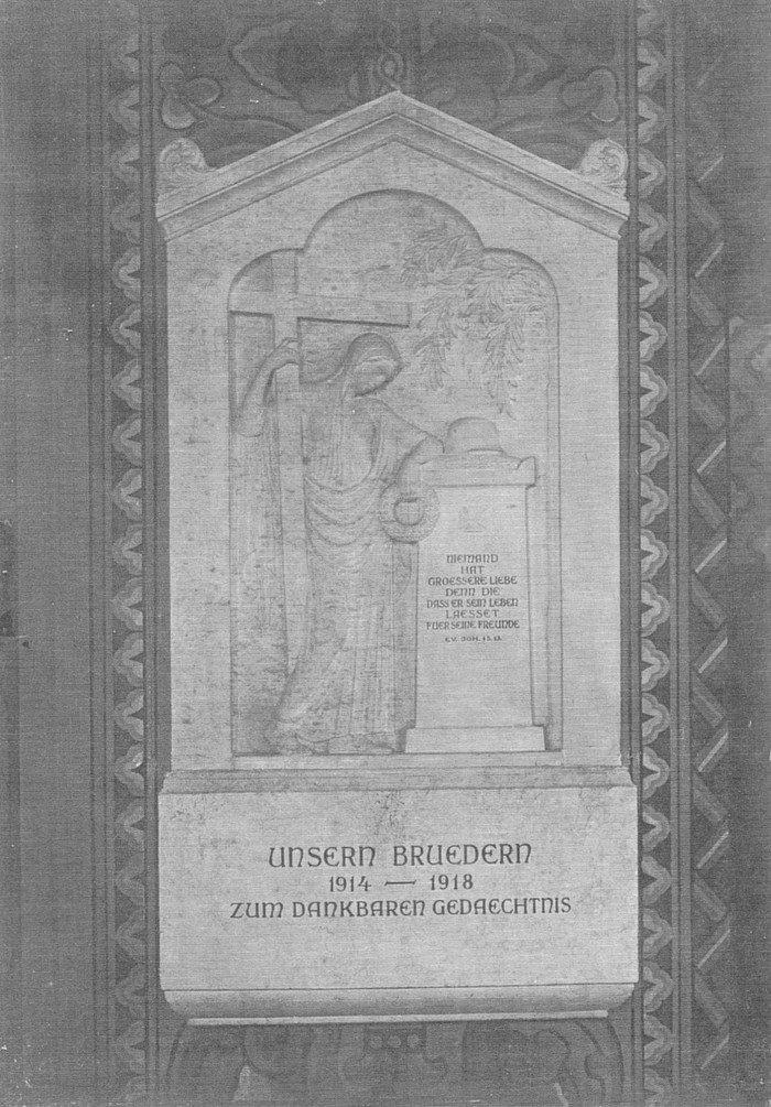 Mahntafel für die Gefallenen des Ersten Weltkrieges in der Hochmeisterkirche um 1920
