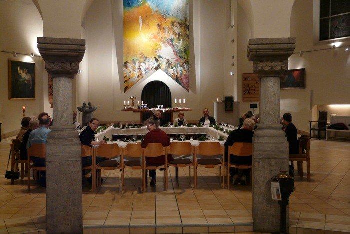 Tischabendmahl in der Hochmeisterkirche