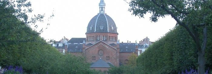 Sankt Markus Kirke set fra Julius Thomsens Plads, fra Forum og Forum Metro st.