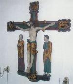 Krucifiksgruppe, tidlig gotisk fra omkring 1250, kun et halvt hundrede år yngre end kirkens ældste dele.