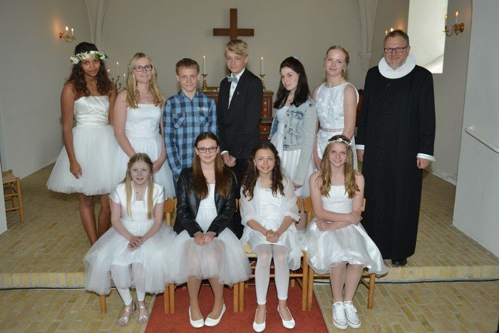 Konfirmation i Hampen Kirke d. 26. april 2015