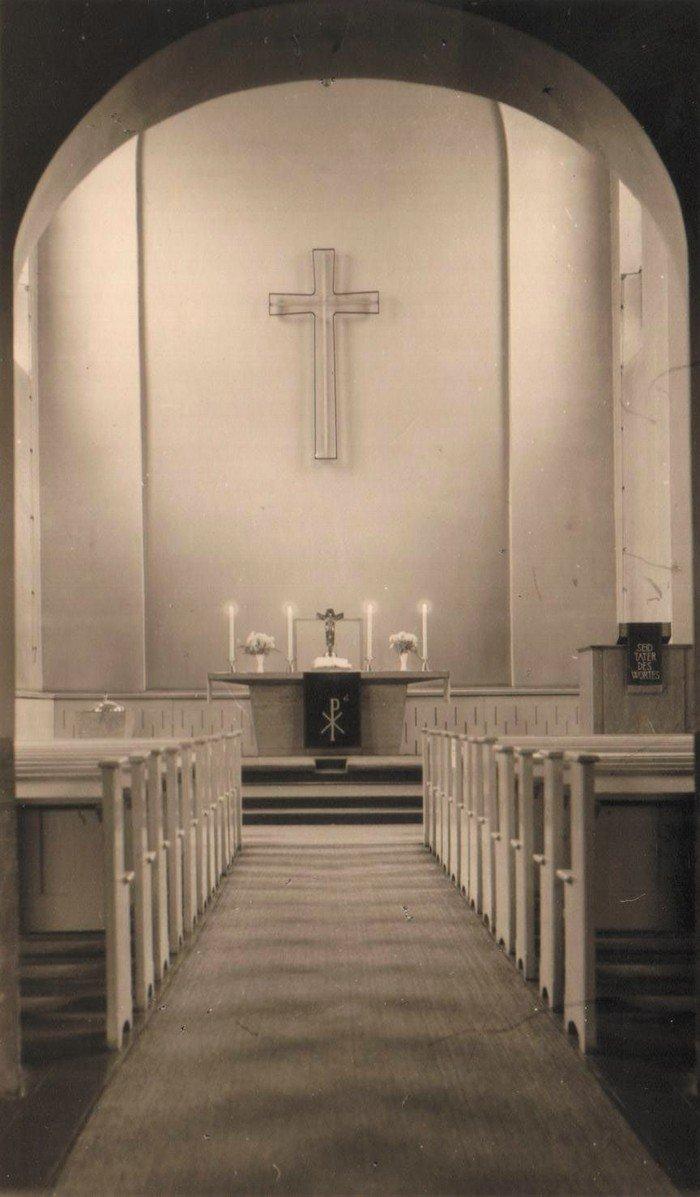 Innenansicht der wiederaufgebauten Kirche