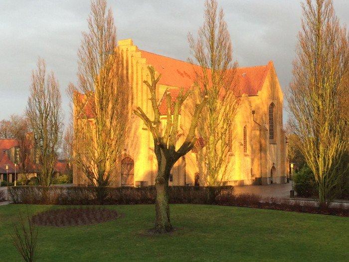 Kirken set fra Ringgade.