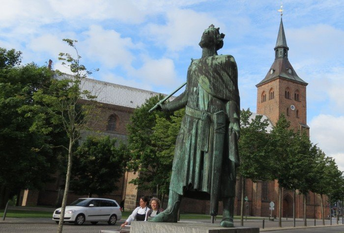 Statue of King Knud (Canute)