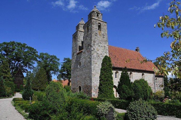 Kirken fra sydsiden