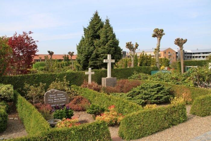 Hedensted kirkegård
