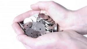 Hænder fulde af penge