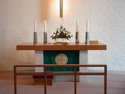 Kirken og dens inventar