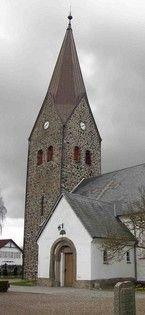 Bov Kirke med tårn fra 1905