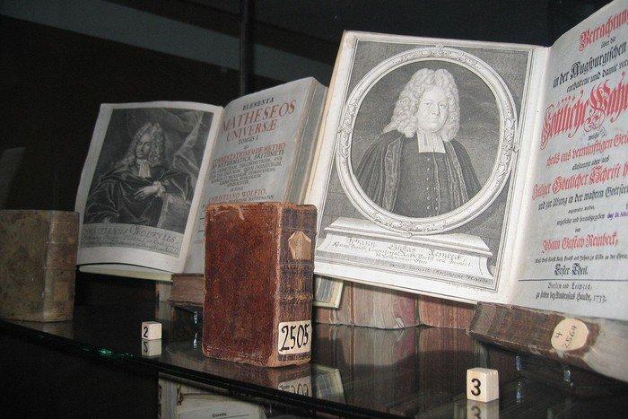16-Bibliothek Spandovia Sacra_KG Nikolai Spandau