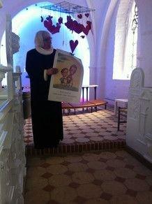 Billede af præst i kirken