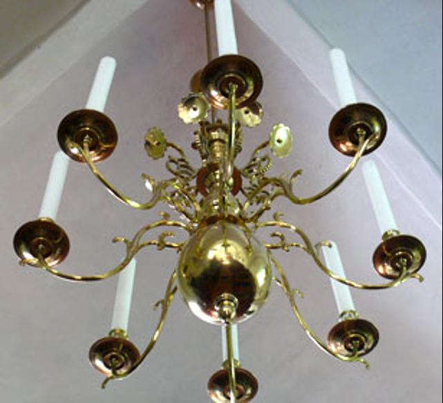 Lysekrone gotisk blomsterdekoration