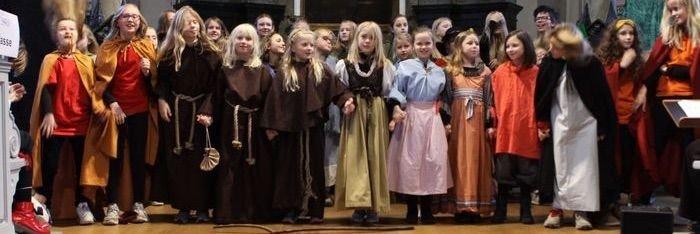 Børn fra drama gruppen, udklæt