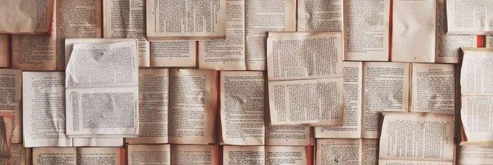 Åbne bøger i mosaik