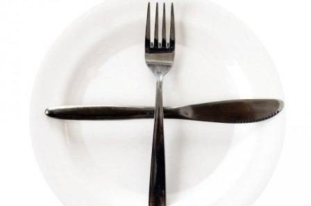 Talerken, kniv og gaffel