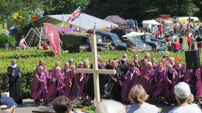 Gospelgudstjeneste i Folkeparken