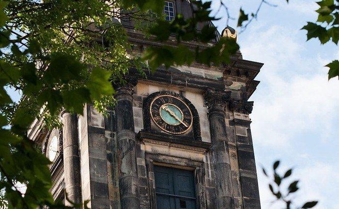 Christians Kirkens tårn ur