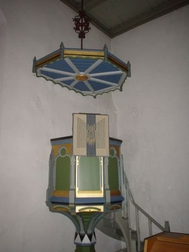 Prædikestolen i Rise Kirke