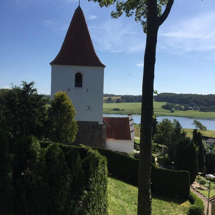 Gravlev kirke