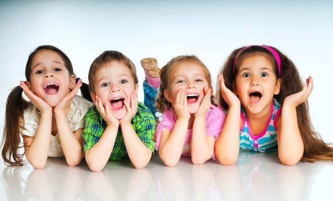 Billede af 4 børn