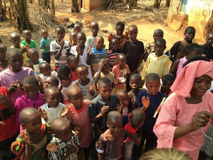 Foto af venskabsmenighed i Kyerwa