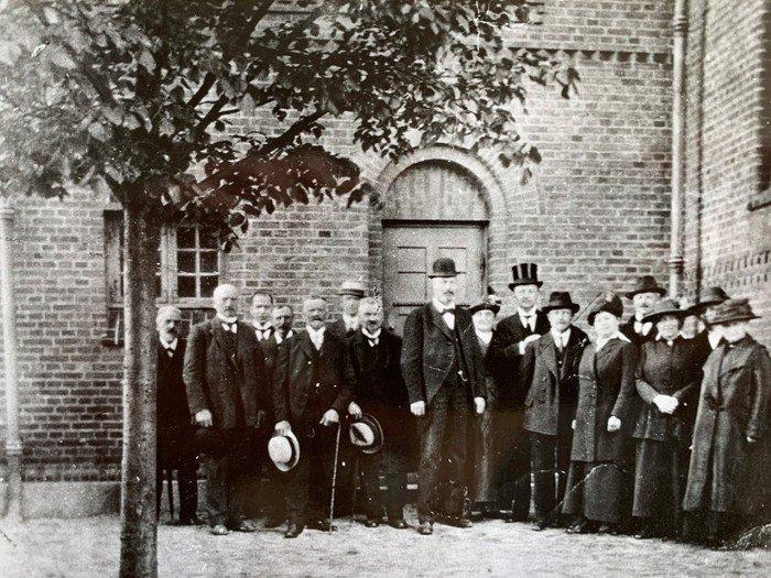 Indvielse af kirkens ur, pinsesøndag 1920