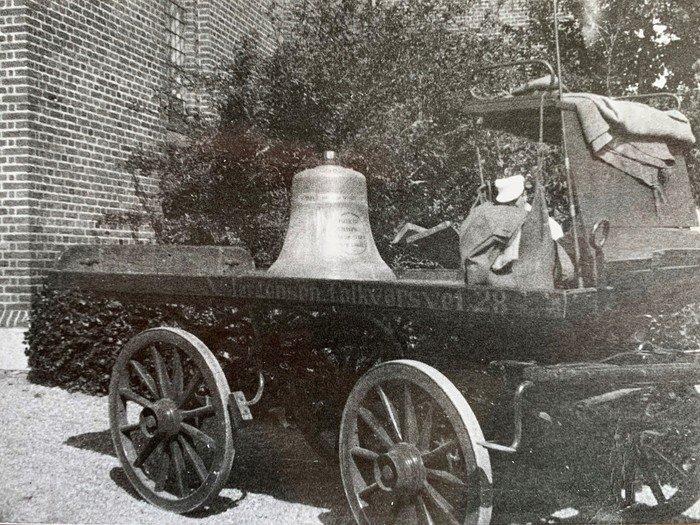 Klokke på arbejdsvogn 1920