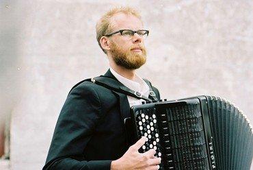 Bach udsat for harmonika
