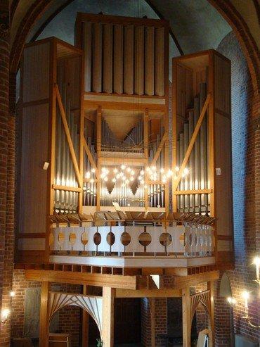 Billede af orglet set fra kirken