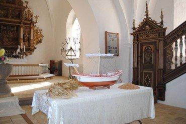 Kirke skib