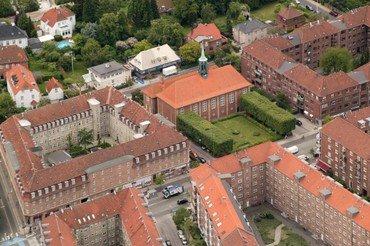 Luftfoto af Lindevang kirke