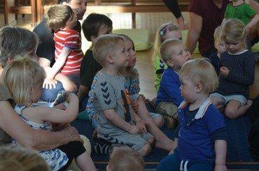 Børn der lytter