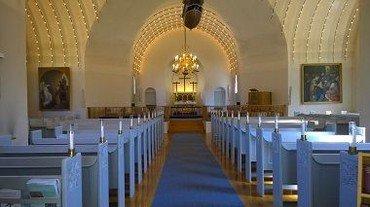 Sundby Kirke indenfor i 2020