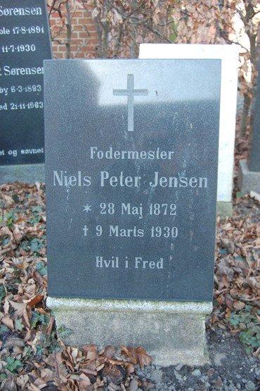 Karoline Jensen, Niels Peter Jensen og Helga N. Jensen