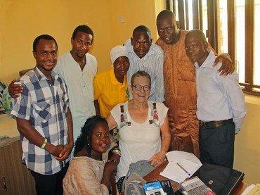 Nyhedbrev om YM-projektet REMI (Viser billede af voksne personer)