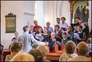 Søndag d. 3. juni kl. 15.00 – Sommerkoncert i kirken
