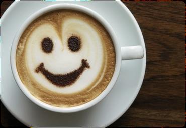 kaffekop med kaffe og smiley face
