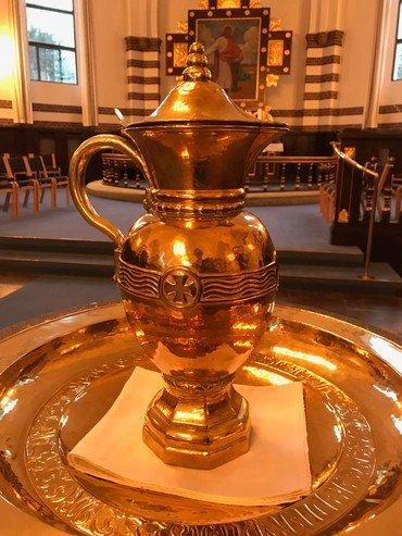 Kirkens dåbskande