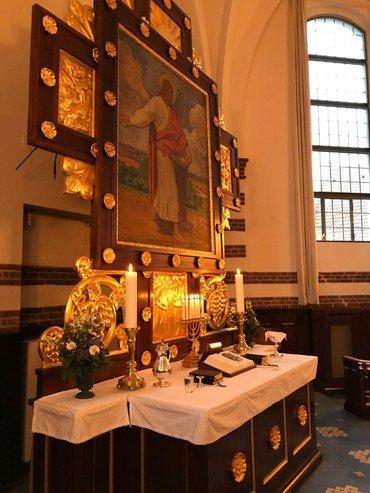 Kirkens alter