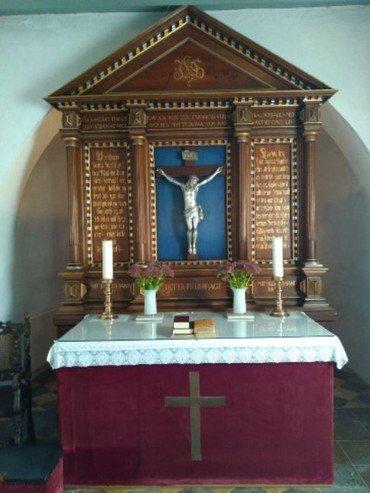 Alteret i Hammershøj Kirke