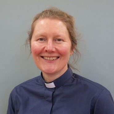 Photo of Revd Dr Fiona Haworth