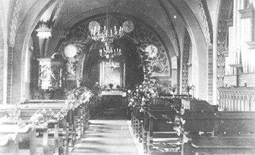 kirken indefra 1923