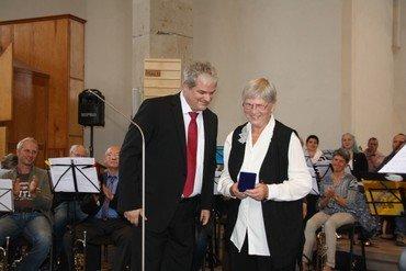 Johannes-Kuhlo-Medaille für Annemarie Bärecke