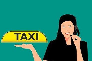Ilustration med en person og et taxi skilt